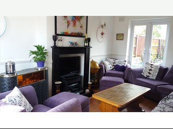 EasyRoommate UK - 2 Double rooms in chilled friendly house Sherwood, Sherwood - £450 pcm