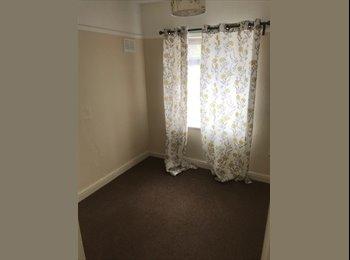 EasyRoommate UK - Rooms to Let, Hamstead - £225 pcm