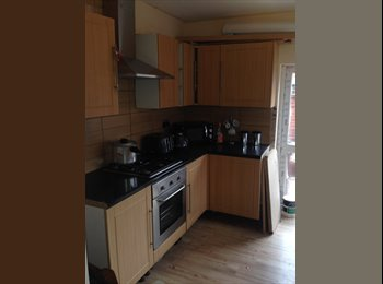 EasyRoommate UK - Bedrooms available in shared house all bills included , New Basford - £240 pcm