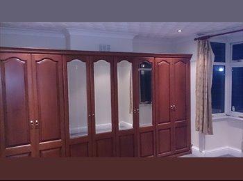 EasyRoommate UK - Eastville Double Room x 2, St Agnes - £420 pcm