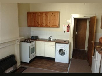 EasyRoommate UK - Flat 1 Grove Street, Leamington Spa CV32 5AG, Leamington Spa - £550 pcm