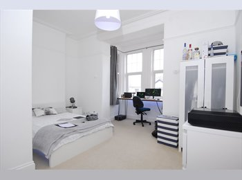 EasyRoommate UK - Rooms to rent in Plymouth, Plymouth - £450 pcm