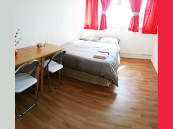 EasyRoommate UK - Double Room in Woodgreen - No Deposit!, Bowes Park - £650 pm
