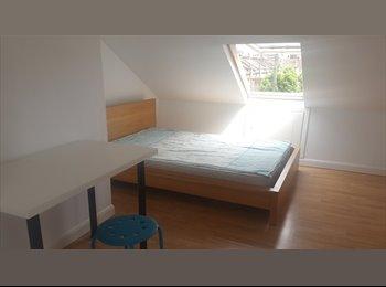 EasyRoommate UK - Short term in East London, West Ham - £680 pcm