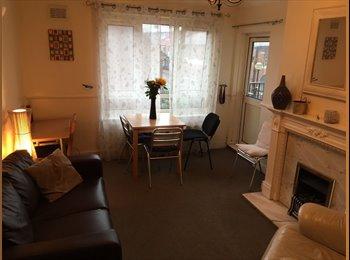 EasyRoommate UK - Brindley place excellent location room, Ladywood - £250 pcm
