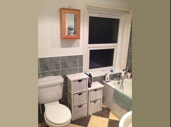EasyRoommate UK - Double room near the town centre in Springbourne, Boscombe - £430 pcm