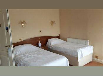 EasyRoommate UK - Chesterfield Hotel , Chesterfield - £250 pcm