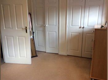 EasyRoommate UK - Large double room fully furnished , Wellingborough - £150 pcm