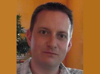 EasyRoommate UK - Paul - 43 - Swindon