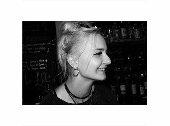 EasyRoommate UK - Gemma - 20 - Bournemouth