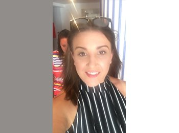 EasyRoommate UK - Ashleigh - 24 - Crawley