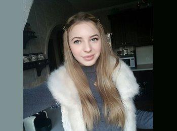 EasyRoommate UK - Marcela  - 19 - Leicester