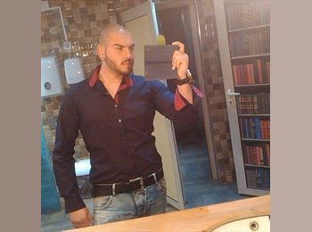 EasyRoommate UK - Petar - 24 - Heath Town