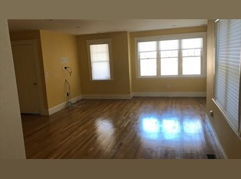 EasyRoommate US - Female roommate 9/1/17+/-, Professional/Grad, includes..., Aberdeen - $1,100 pm