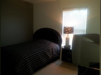 EasyRoommate US - Beautiful Room For Rent, Kissimmee - $550 pm