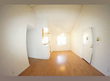 EasyRoommate US - UTILITIES INCLUDED in Noho/Toluca Lake, NoHo Arts District - $900 pm