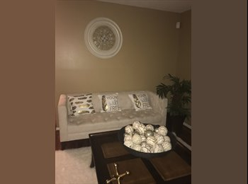 EasyRoommate US - 3 bedroom home, 2 roommates needed!, Glenbrook Valley - $600 pm