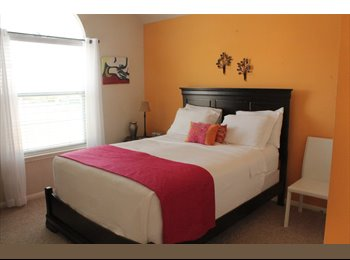 EasyRoommate US - Perfect Private Room in Gorgeous Subdivision, League City - $900 pm