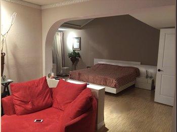 EasyRoommate US - Master Bedroom for rent in Tarzana, Reseda - $1,590 pm