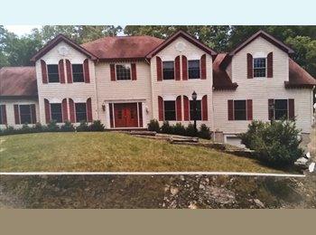 EasyRoommate US - Stately Mansion , Norwalk - $900 pm
