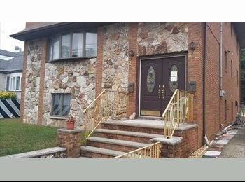 EasyRoommate US - Busy Doctoral Student looking to share 2 Bedroom 1st Floor Apt. in Lyndhurst, Belleville - $775 pm