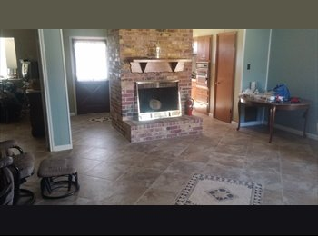 EasyRoommate US - College student opportunity, Southbelt/Ellington - $600 pm