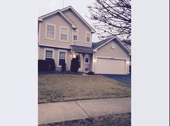 EasyRoommate US - Furnished living room available for rent in Naperville, Naperville - $675 pm
