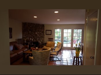 EasyRoommate US - Sunny, Rustic, Clean West Hills Home, West Hills - $1,250 pm