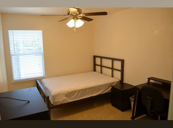 EasyRoommate US - $585 FURNISHED ROOMS with other graduate students, Vance Jackson - $585 pm