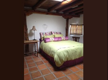 EasyRoommate US - Beautiful adobe home , West Mesa - $500 pm