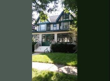 EasyRoommate US - Available now,   Walk to trains   UTILITIES  WIFI  PARKING all  INCLUDED AWESOME ROOM & HOME ..COOL , Oak Park - $750 pm
