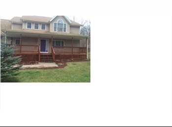 EasyRoommate US - Room For Rent Large Colonial House, Woonsocket - $650 pm
