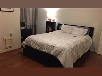 EasyRoommate US - Beautiful Ensuite Room for Rent  in the Heart of Midtown Houston, Midtown - $1,025 pm