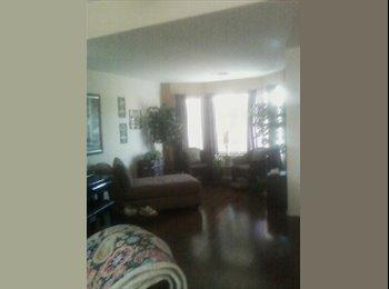 EasyRoommate US - Room for rent, Estrella Village - $300 pm