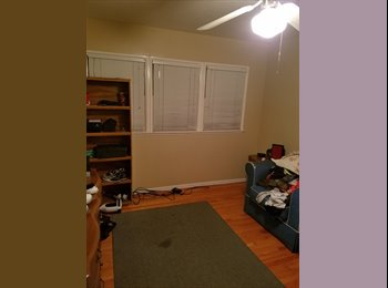 EasyRoommate US - Room for rent, Wrigley Heights - $750 pm