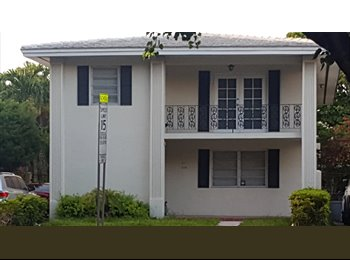 EasyRoommate US - Private room for rent in great location!, Coral Gables - $1,000 pm