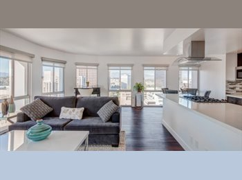 EasyRoommate US - Swanky DT LA Room Avail. for Professional /Serious Student, University Park - $1,700 pm