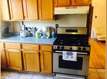 EasyRoommate US - Roommates wanted , Logan Square - $630 pm