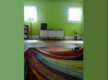 EasyRoommate US - Spacious Room Available , Historic Meridian Park - $600 pm