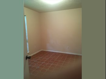 EasyRoommate US - Room to rent in NW home, Addicks - $600 pm