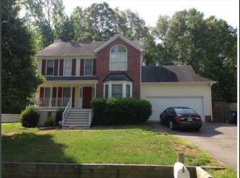 EasyRoommate US - NICE HOME ALL UTILITIES INCLUDED (POOL!), Chester - $600 pm