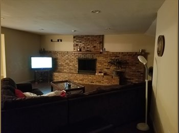 EasyRoommate US - Full access to large house.. Great neighborhood, Addison - $850 pm