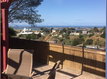 EasyRoommate US - Room for rent in home with stunning views, Bay Park - $1,500 pm