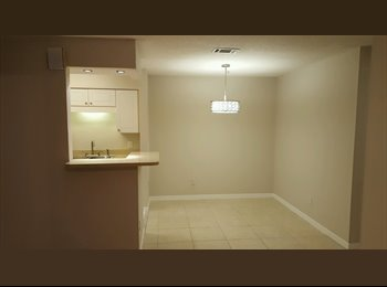 EasyRoommate US - Private Room Available , Ortega - $500 pm