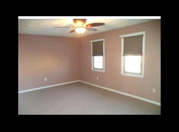 EasyRoommate US - Large private room for rent, Lowell - $750 pm