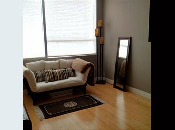 EasyRoommate US - Roommate wanted in fantastic downtown PDX condo!, Downtown - $1,500 pm