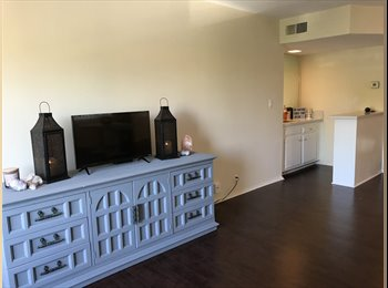 EasyRoommate US - West Hollywood Private Bedroom w/Balcony , West Hollywood - $1,298 pm