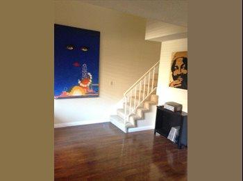 EasyRoommate US - $1450 / 1br - 1592ft2 - 1 BD/1 BA in 3 floor condo Old Town Pasadena. All bills included, Pasadena - $1,450 pm