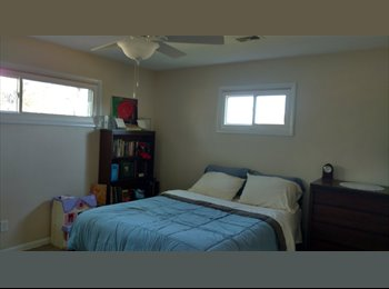 EasyRoommate US - Country Living , Rockford - $375 pm