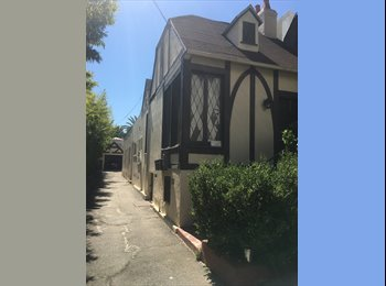 EasyRoommate US - 1 bedroom for rent at an amazing spot, Sunset Strip - $1,200 pm